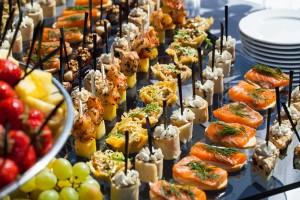 cena buffet e sfilata di moda
